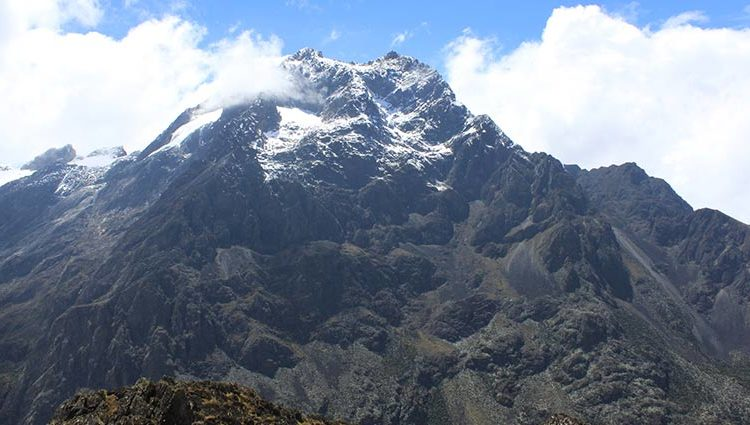 Rwenzori mountains National park: Rwenzori Mountain Climbing and Hiking | Nature Walks in Rwenzori | Birding in Rwenzori Mountains | Ruboni Community Camp